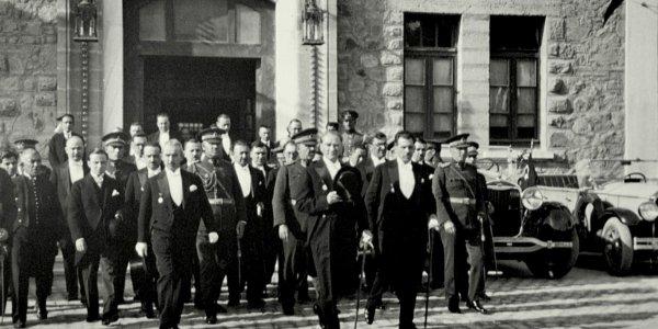 Atatürk TBMM Çıkışı